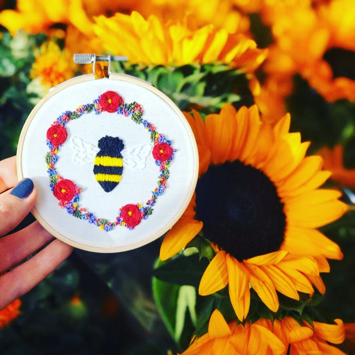 Another prize for upcoming #savejenny raffle! Thank you @BrydieAnnM for your stunning donation #hoop #beehappy #bee
