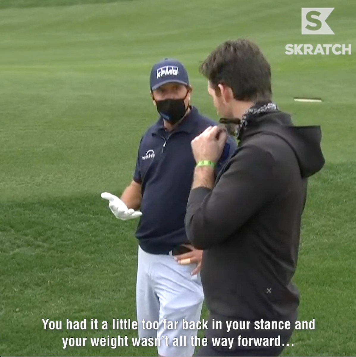 The ultimate power move by @PhilMickelson.