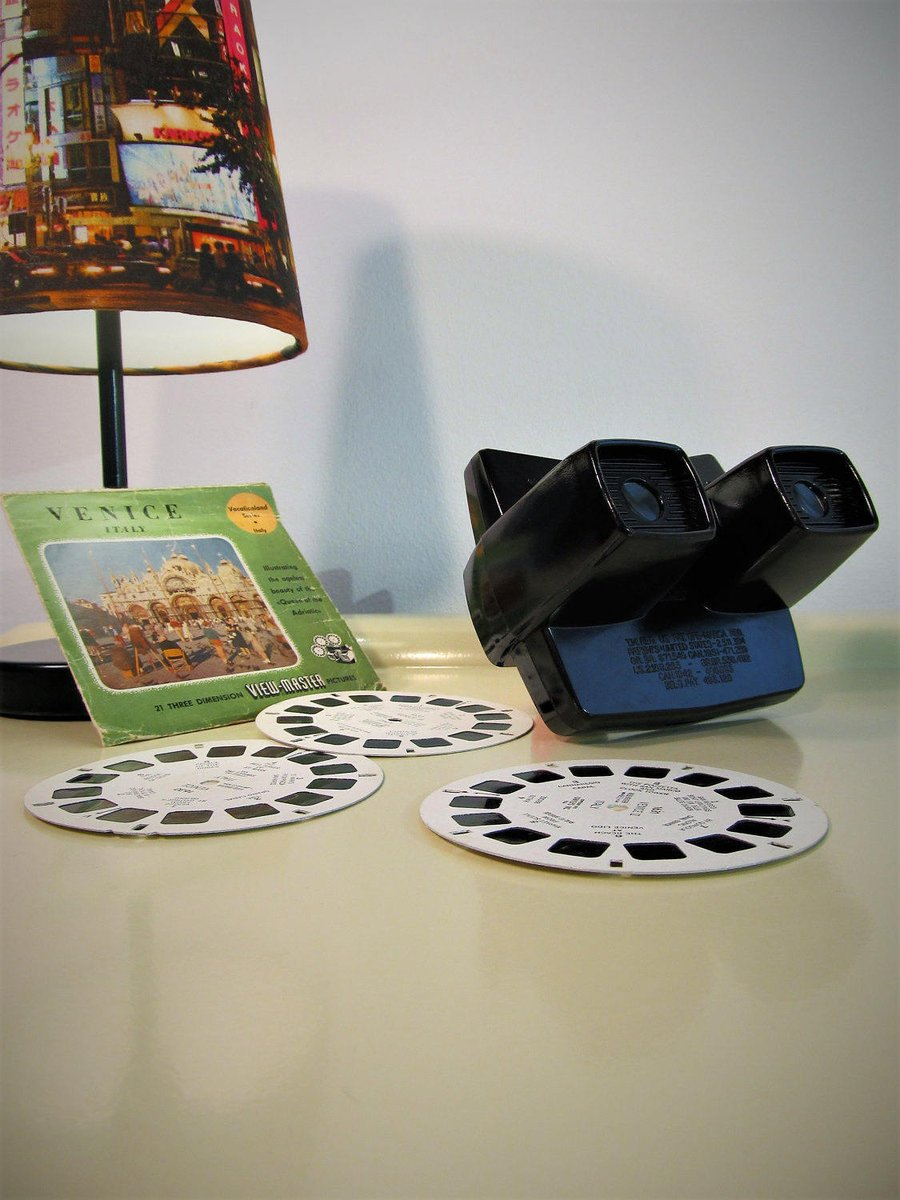 Vintage dark and brown Bakelite View Master with 3 Reels of 3 dimensional pictures of Venice, Wedding Gift, 70s  #FREESHIPPING #Retro #BlackFriday #CYBERSALE #Christmas #Vintage #covid-19 #MyNewTag #Wedding #3dStereoViewer