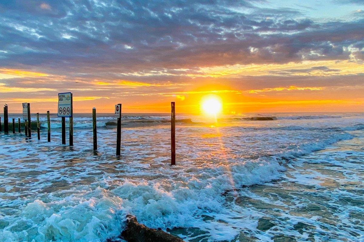 What does $800K buy in #NewSmyrnaBeach #Florida?  👇🏻Take a look here👇🏻   #MoveToNSB #MoveToFlorida #RetireToFlorida #NSB #NSBHomes #NSBCondos #RealEstate #REALTOR #BeachHouse #DreamHome #CoastalLiving #BeachTown #Ocean #Beach #LoveWhereYouLive #HappyPlace