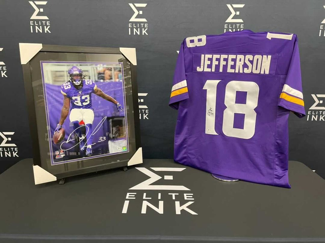 Justin Jefferson / Dalvin Cook GIVEAWAY! 🔥   1. RT this tweet   2. Like this photo  3. Follow  @EIMinnesota @mnspnews & @skolbros   Winner picks choice of Dalvin Cook signed photo or signed Justin Jefferson jersey.   Winner selected from Twitter or IG on 1/24
