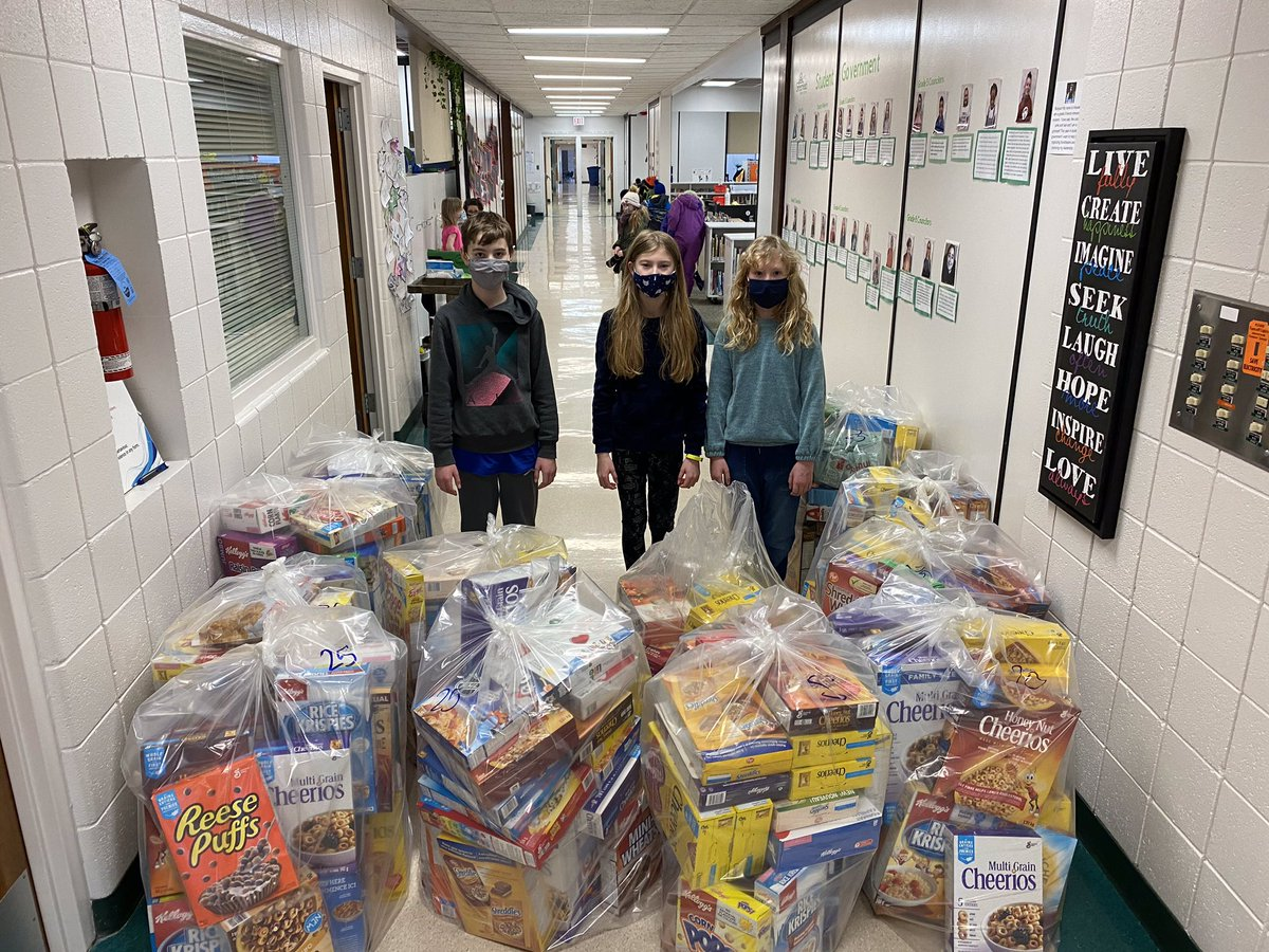 #Grateful to @grnfldschool students for collecting 298 cereal boxes during their pajama day activities to support breakfast programs at some of our #fulldayk #Kindergarten schools & #Thanks to Board member Don Lore who volunteered his time to do deliveries. #kidshelpingkids #yeg