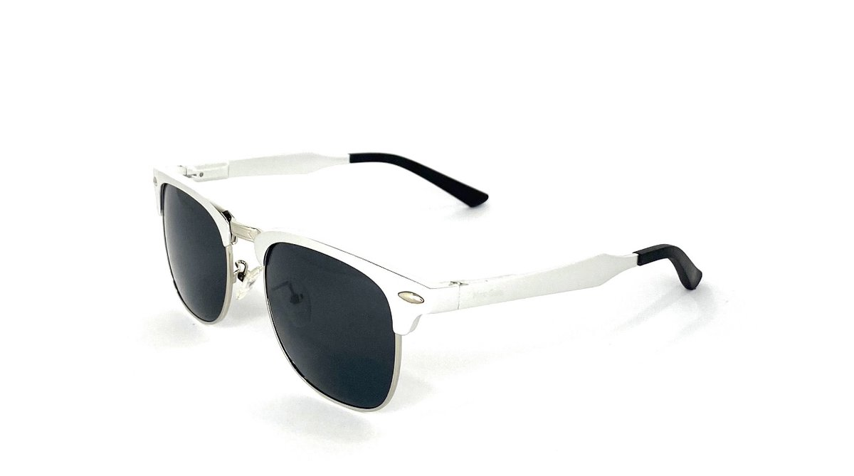Set sail this spring in the DISCO ALUMINUM JET found only at @NeroGlass  #neroglass #classic #disco #sunglasses #eyewear #style #fashion #sunglassaddict #sunglassesoftheday #lotd #eyewearfashion #style #lifestyle #womensfashion #mensfashion #sunglassesfashion