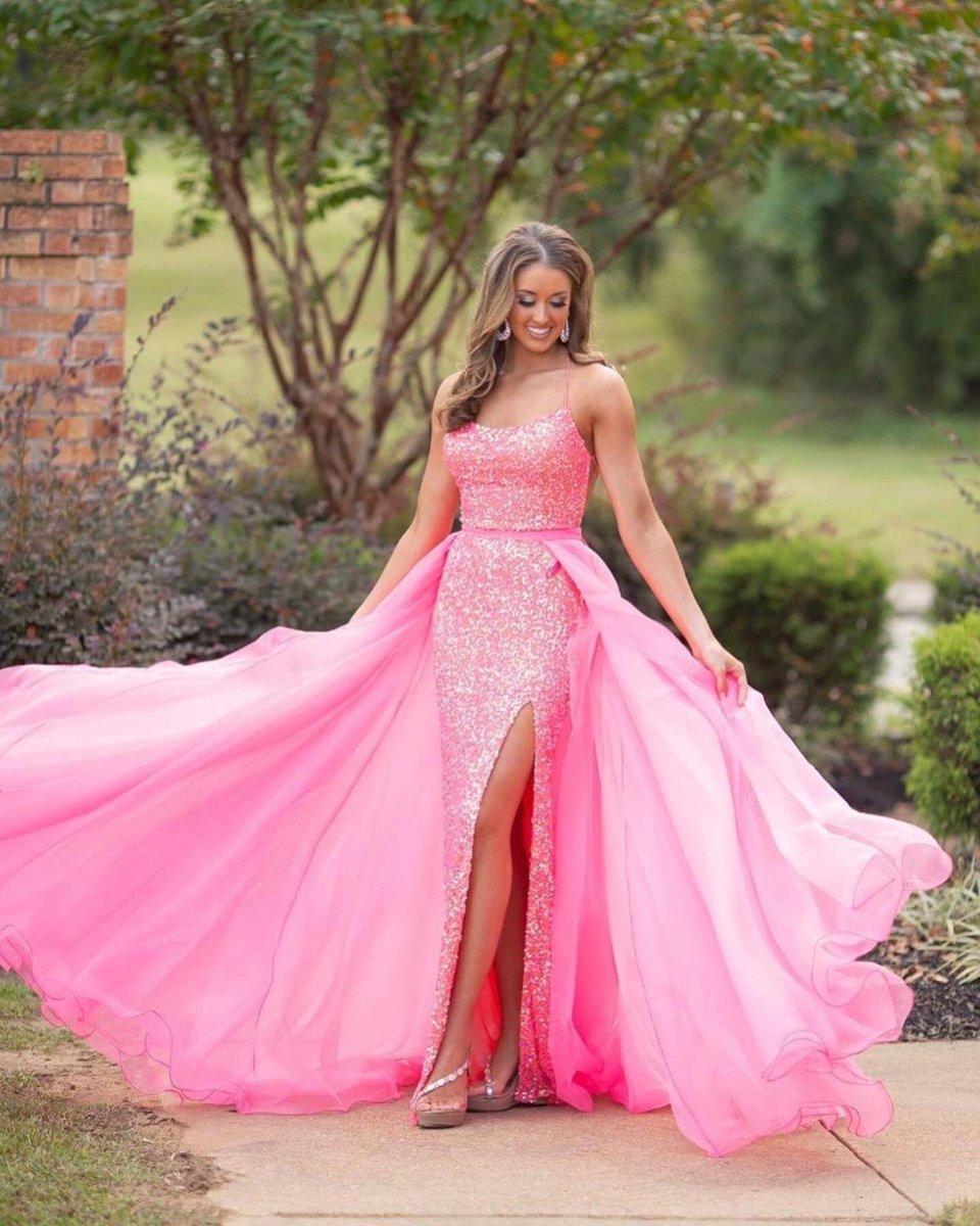 Barbie's dream dress! 💘 -- Style 1818 & 1740 📸: @MiaBellaProm #ASHLEYlauren #TEAMfabulous #Barbie #dress #fashion #homecoming #pink