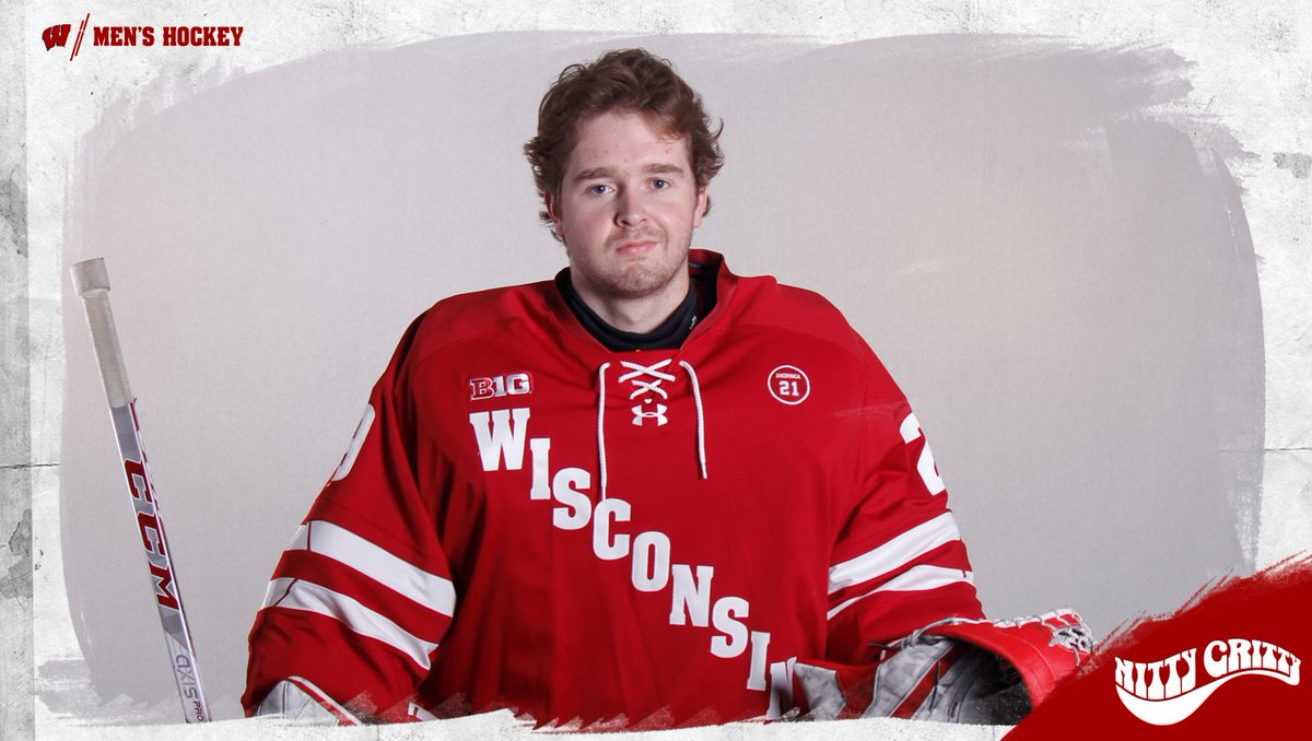 We're inaugurating @Garrity29 into a new year  Happy Birthday Ben!!!  #OnWisconsin    @OfficialGritty