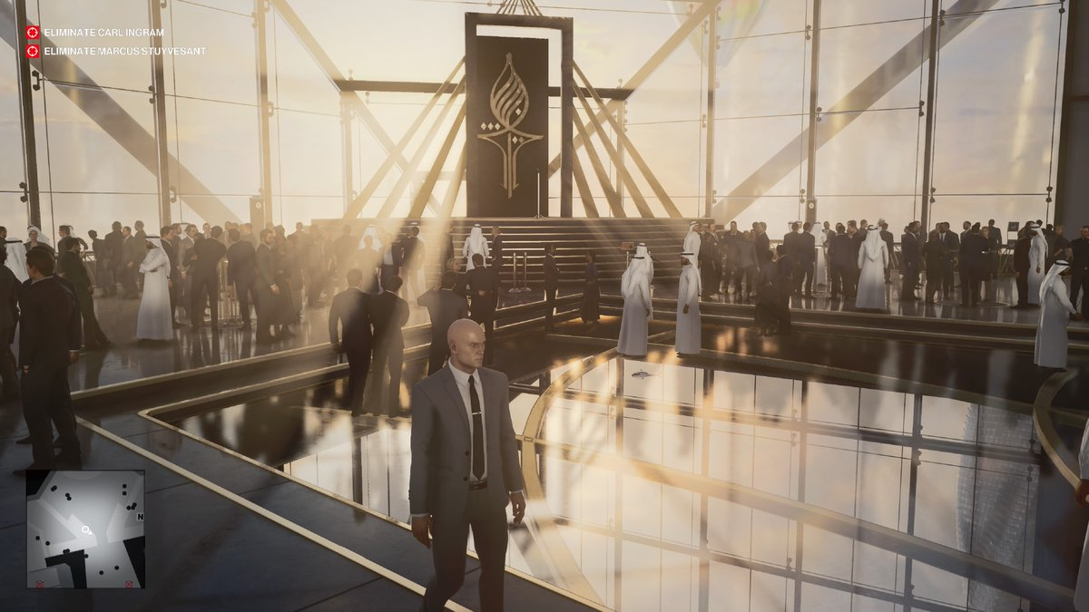 These graphics are stunning! From the lighting and reflections, to the high-res textures and beautiful level design. Lots going on, and silky smooth framerate. #HITMAN3 #PS5