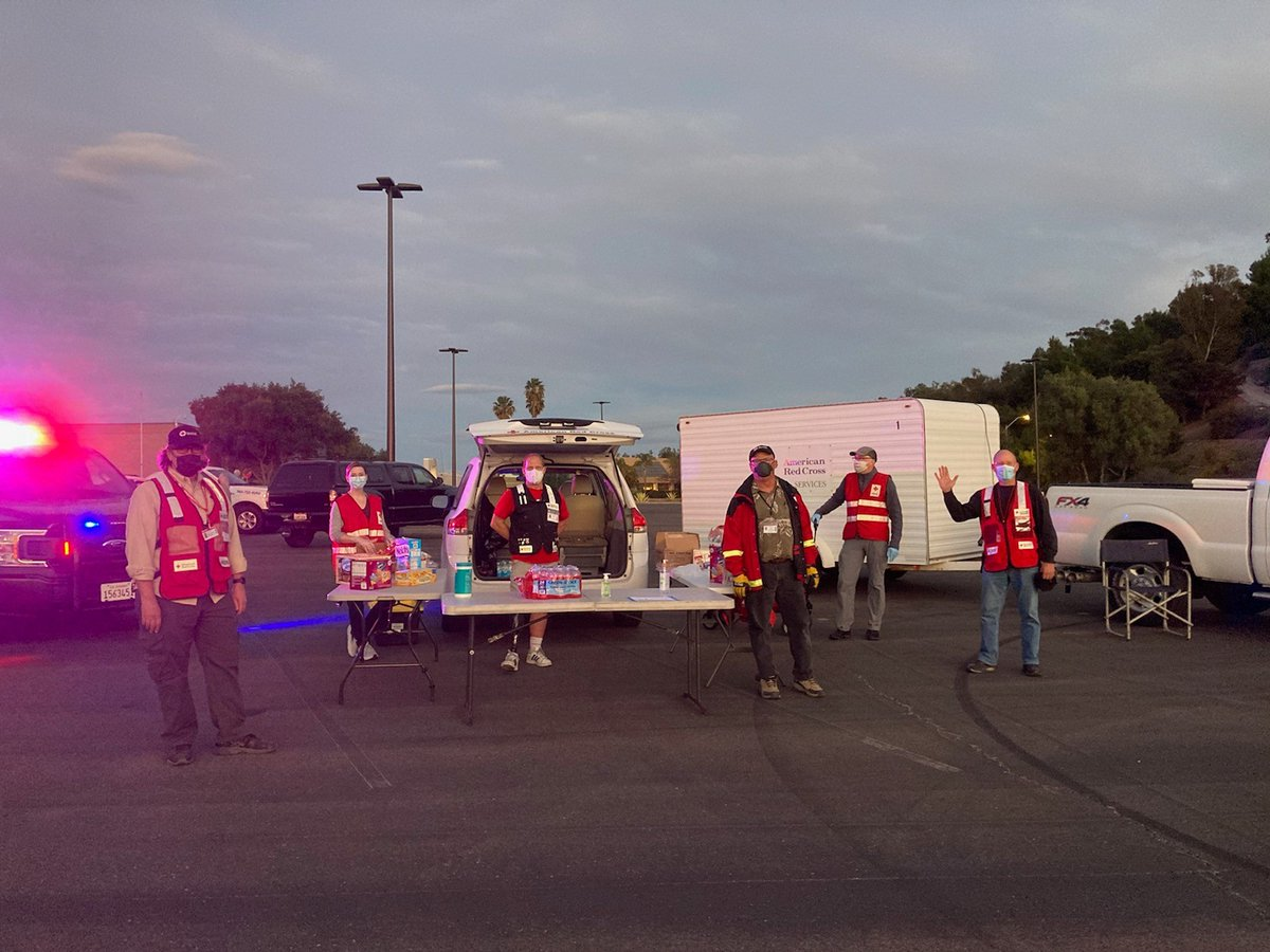 Our volunteers remain at the outdoor Temporary Evacuation Point at the Shoppes at Carlsbad to assist those affected by the #ParkFire. Thank you to our first responders for their hard work with two fires in the region! For wildfire safety tips, please visit