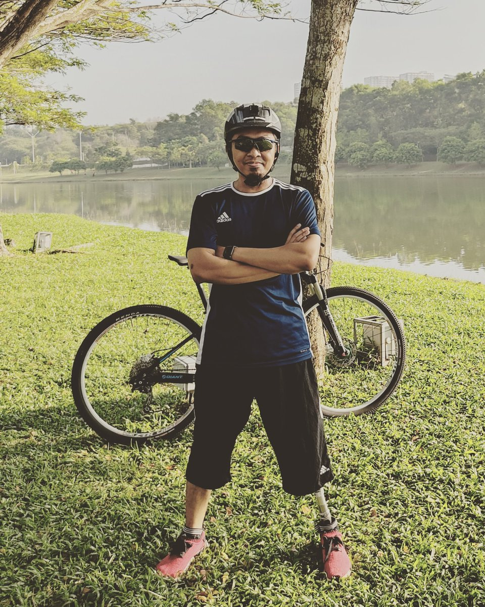 #throwback to a time when we can go outside and cycle. Boleh keluar kayuh kat tempat lawa, bukan radius 10km ja 😢  #onelegKH #OKU #amputee #cacat #kakipalsu #prosthetic #leg #ottobock #cycling #cycle #mtb #fit #health #healthy #29er #mountainbike #lockdown
