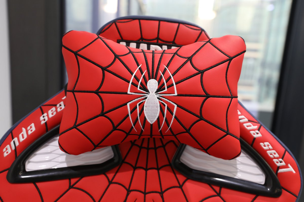 #spiderman arriving at the neighborhood🕷 Marvel Series is now available in the US and Australia!    #andaseat #gamingchair #marvel #GamingSetup #gamingpc #superhero #ironman #CaptainAmerica #antman #razer
