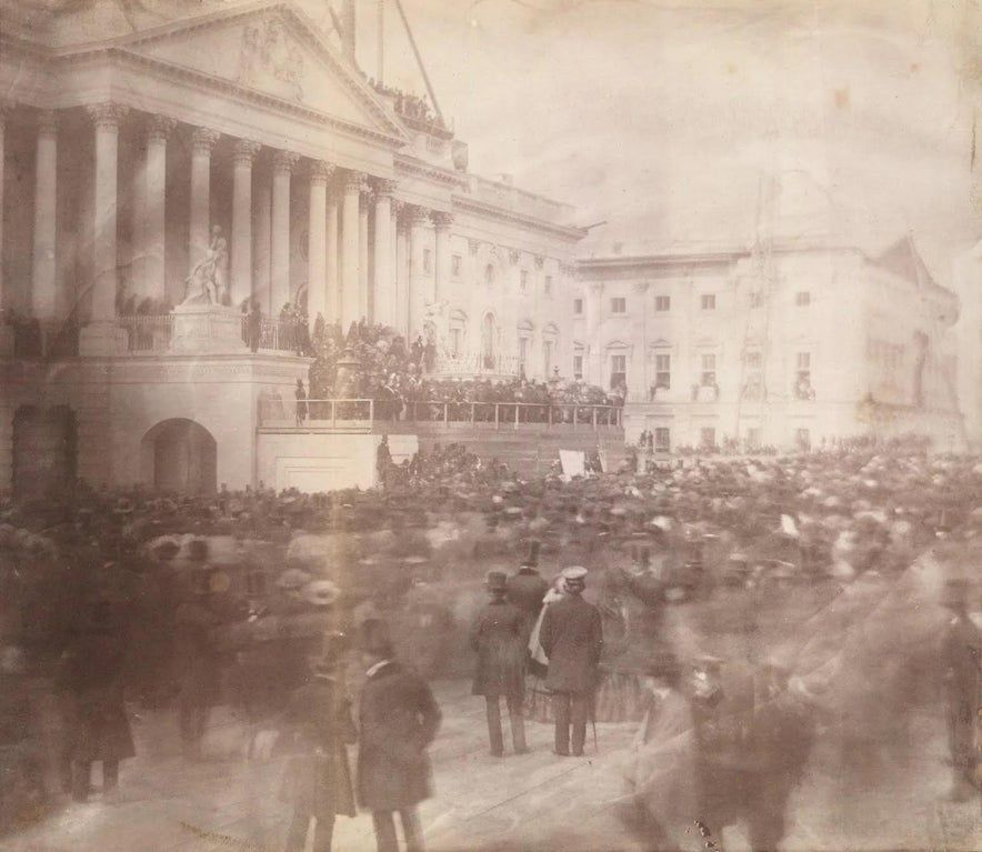 The first photograph ever taken of a presidential inauguration. Inauguration of James Buchanan, March 4, 1857. https://t.co/HRebV4M10E https://t.co/5RnvDl3pS1