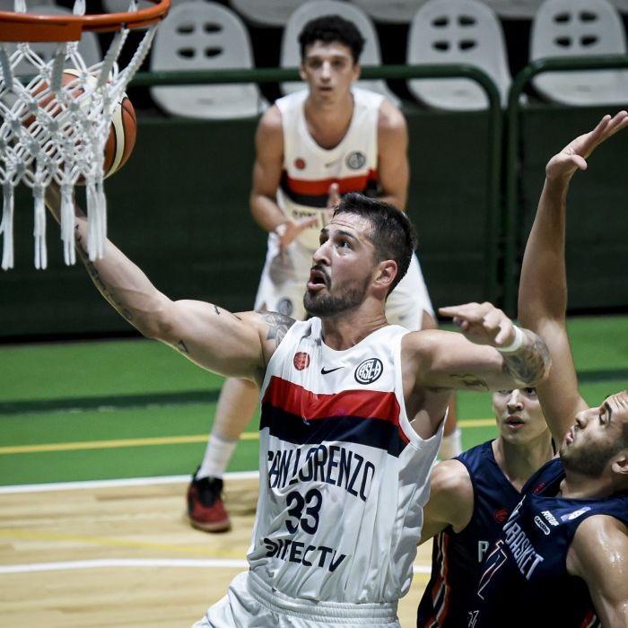 #LigaNacional @CASLABasquet borró de la cancha a Bahía Basket desde el inicio y le ganó 119-67. @NicoRomano04 fue el máximo anotador del encuentro: ➡️ 23 Puntos (7/9 T2, 1/1 T3, 6/6 TL) ➡️ 5 Rebotes ➡️ 4 Asistencias ➡️ 34 de Valoración  📷 @marceloendelli