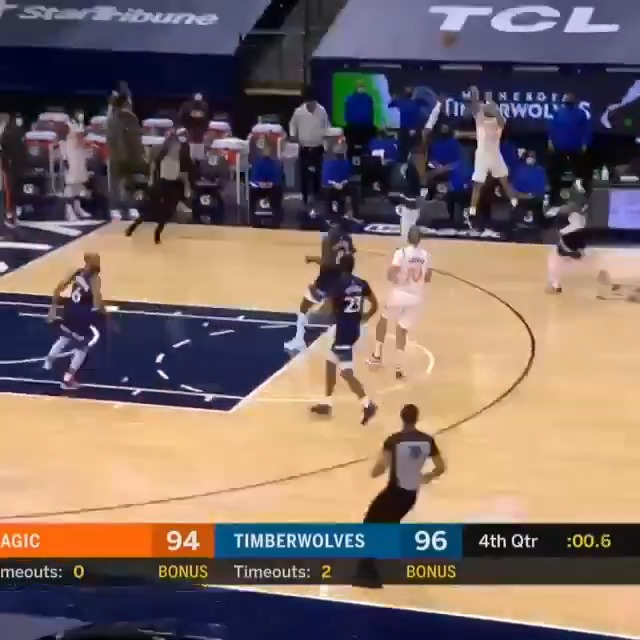 🚨 COLE ANTHONY grabs the board, goes the length of the court and RISES from DEEP for the WIN! 🚨  #TissotBuzzerBeater  #ThisIsYourTime  #MagicTogether https://t.co/xKO79IBXyf