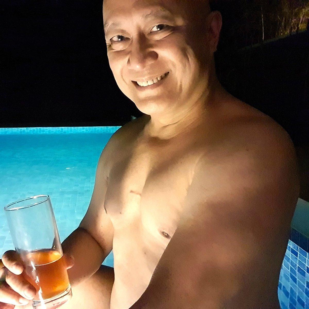 Chillaxin' in the wading pool in Kandaya Resort Cebu #beach #beachlife #beachvibes #beachday #beachstyle #vacation #vacationmode #vacay #vacationvibes #vacations #vacationtime #vacaymode #pool #swim #swimming #swimmingpool #private #whisky #whiskey #singlemalt https://t.co/gM7lXDj81C