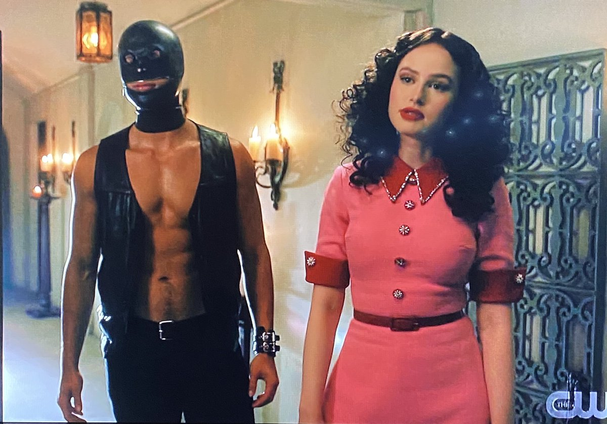 WHAT IN THE DOLORES UMBRIDGE! 😂 @madelainepetsch  #RiverdaleSeason5 #Riverdale