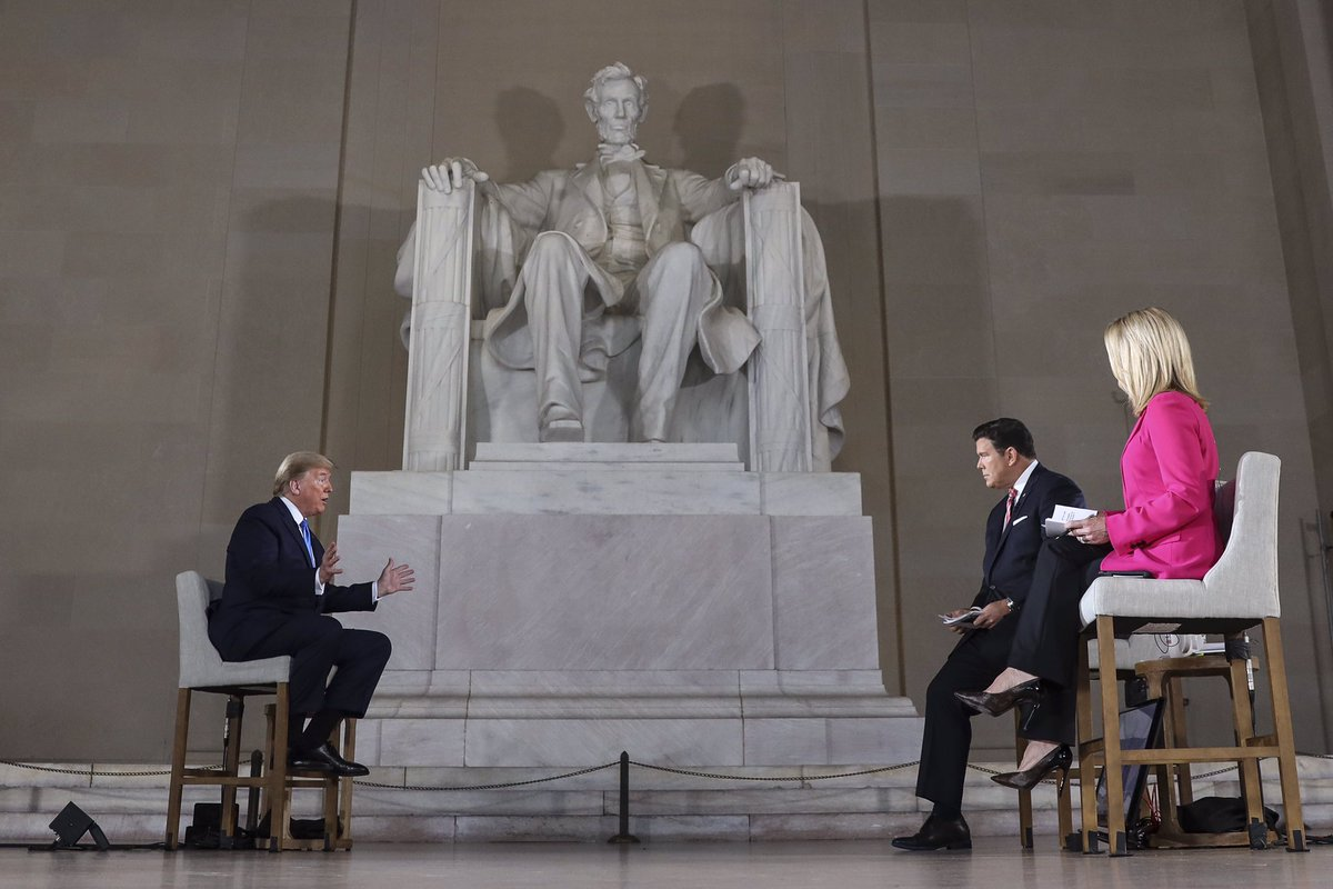 @kylegriffin1 Feel like the #LincolnMemorial was scrubbed clean tonight at last after this desecration in May. #CelebratingAmerica  #Inauguration2021  #BidenHarrisInauguration