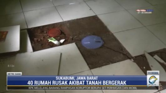 #MetroSiang sebanyak 40 rumah rusak akibat tanah bergerak di Sukabumi, Jawa Barat. Meski berupa kerusakan ringan, ratusan kepala kelaurga terpaksa mengungsi ke tempat yang aman. streaming: