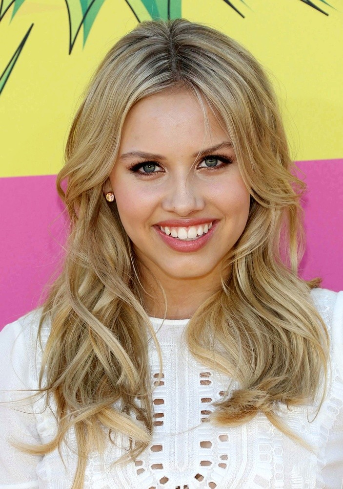 @GracieDzienny  You're a marvelous actress who inspires her fans all over the world! I'm damn proud of what you've accomplished in your acting career & most of all I'm incredibly proud of what a tremendous woman you are! You're simply phenomenal! ❤💯 #WomanCrushWednesday
