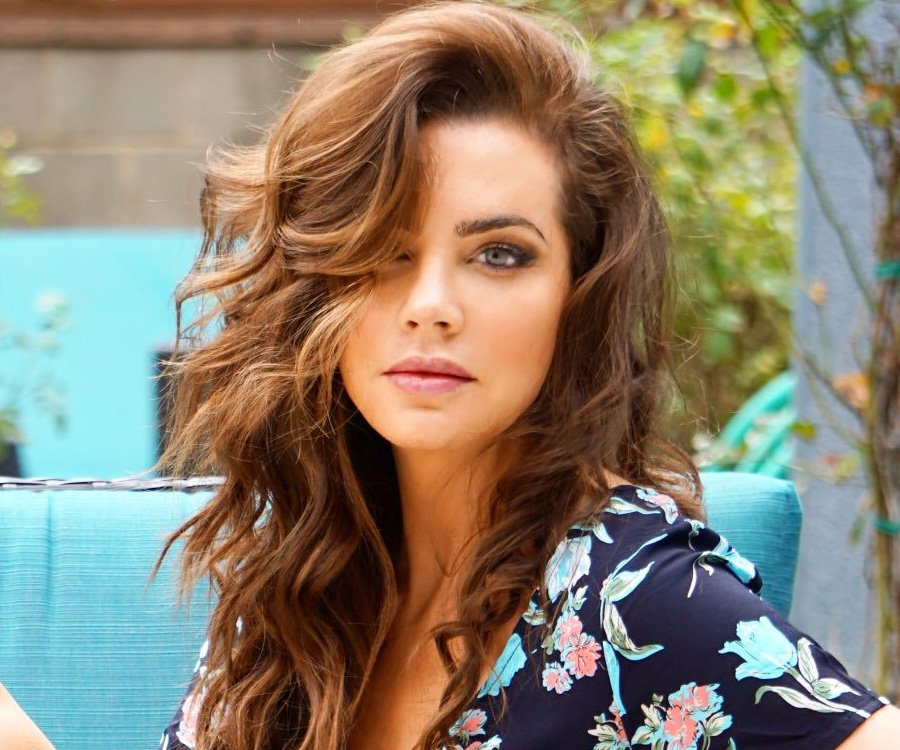 @JillianMurray  You're a marvelous actress who inspires her fans all over the world! I'm damn proud of what you've accomplished in your acting career & most of all I'm incredibly proud of what a tremendous woman you are! You're simply phenomenal! ❤💯 #WomanCrushWednesday