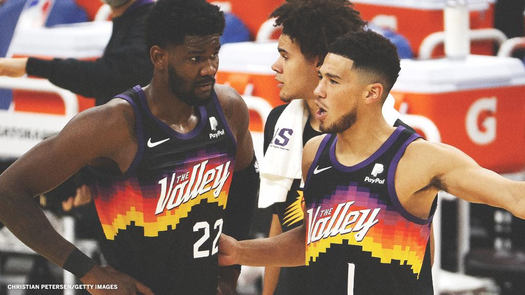 Deandre Ayton and D-Book led the way in the Suns' W ☀️  Ayton: 26 Pts, 11-15 FG, 17 Reb, 5 Blk Book: 24 Pts, 10-18 FG