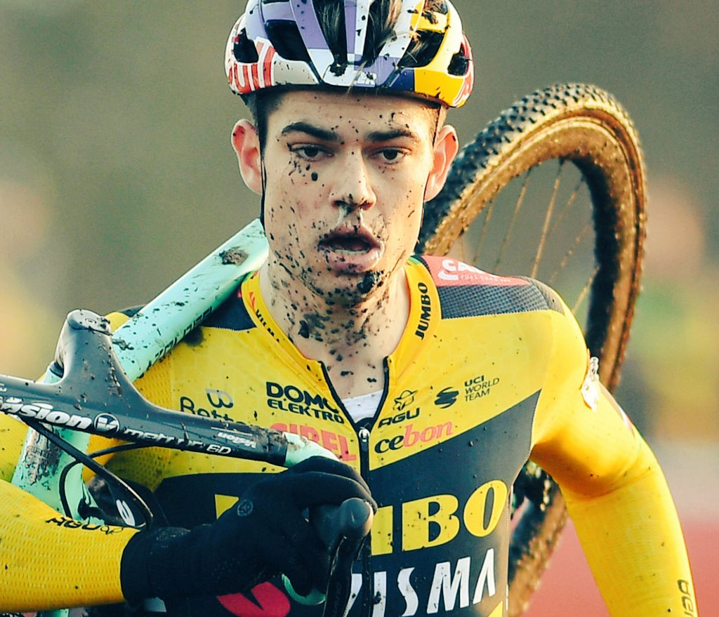 """""""The #sky (sic) is the limit""""  by #WoutvanAert.   The 🇧🇪 allrounder is till 2024 the #JumboVisma eyecatcher number 1"""