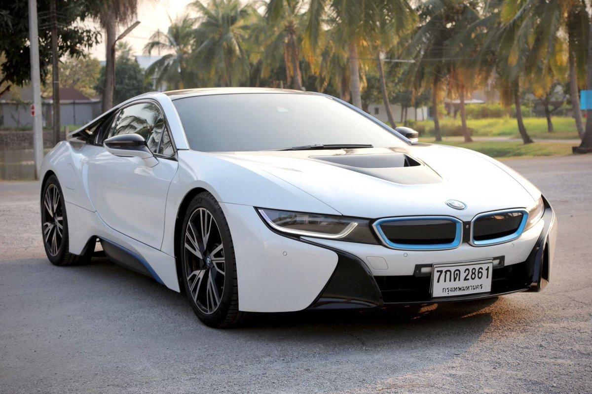 #BMW I8 ปี 2015 Full Optio 😆ราคา 5,490,000 บาท ยานอวกาศ ประหยัดน้ำมัน แรงม้ารวม 357 แรงม้า แรง ขับสนุกมาก 0-100 ใช้เวลา 4.4 วินาที  •ยางใหม่ Michelin Supersport •ประตูปีกนกแบบ Gulwing  •ออพชั่นเต็ม •วิ่งเพียง 4 หมื่นกว่า กม เท่านั้น 😆ราคา 5,490,000 บาท #BMWByChe #Bmwi8 #I8