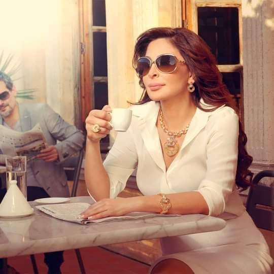 """"""" لازوردي و أنا """" #elissa @elissakh @lazurde"""