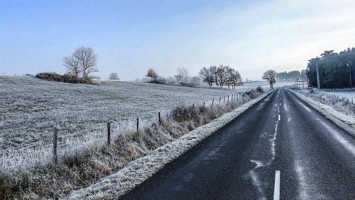 Replying to @oppomobilefr: Un #jeudiphoto en mode roadtrip dans la neige. Le rêveeeee ! #shotonOPPO