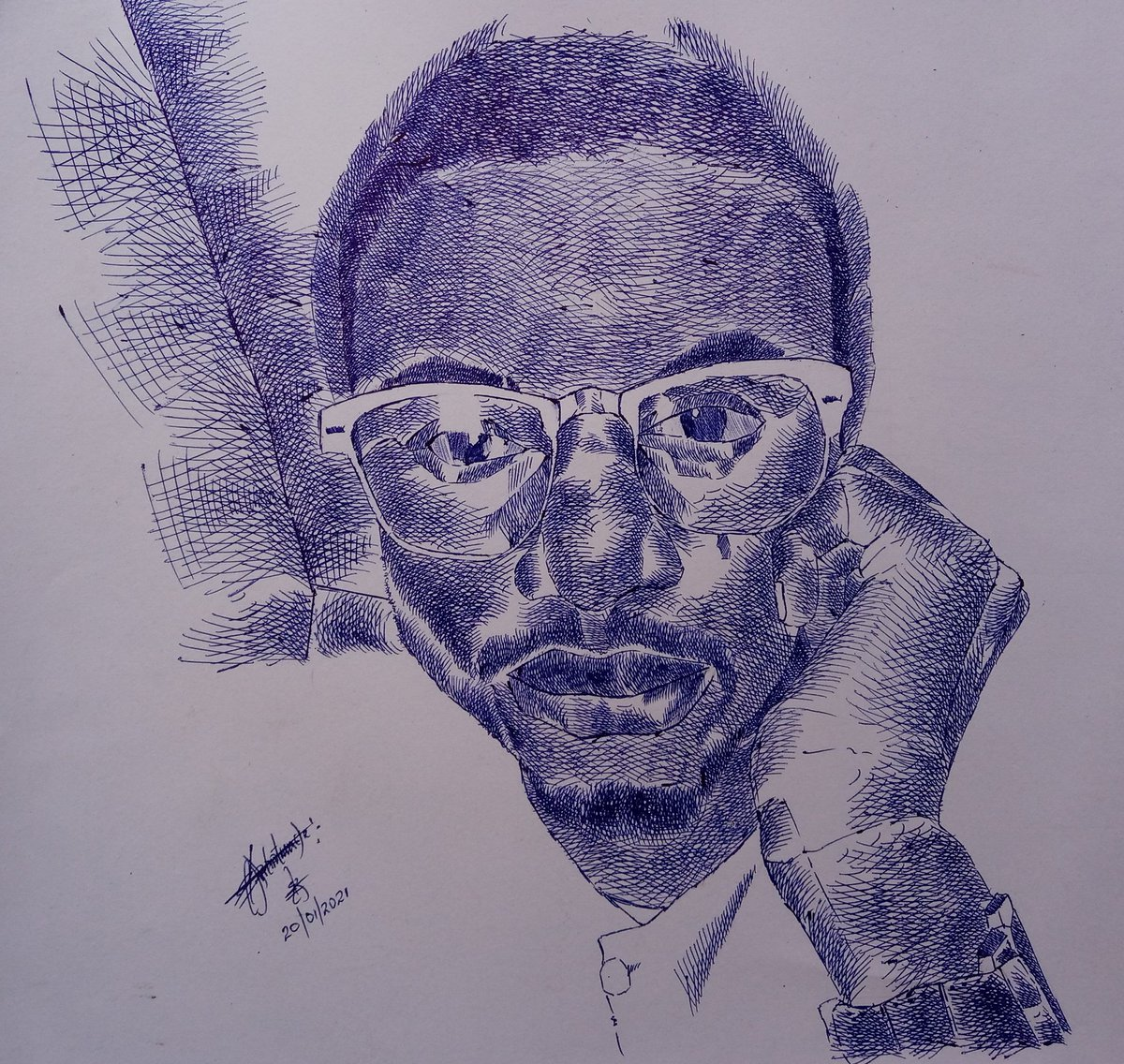 @nuel_arts  Your AVI spoke to my pen yesterday evening, immediately she depict your picture. Moreover, that's strange 😆😆. Thanks to you PEN, I really appreciate you🙏🏾🙏🏾✍🏽✍🏽✍🏻 #portrait #penstroke #crosshatching @Mirungi_Arts #portraiture #biro #Art #drawing #crosshatch