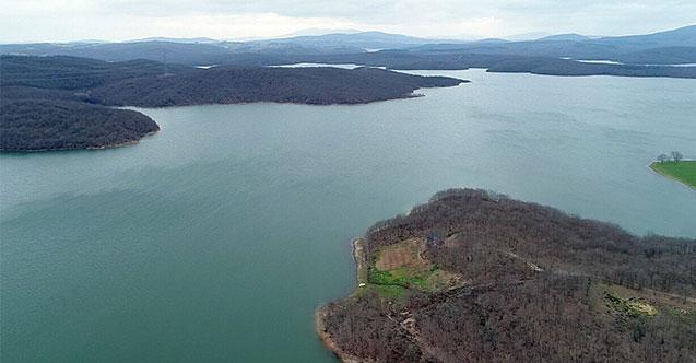 📢İSKİ'den 'sevindiren' haber: Barajların 3'te 1'i doldu 💦Ocak başında yüzde 19'a kadar düşen baraj doluluk oranları son kar ve yağmurlarla artışa geçti. İSKİ Genel Müdürlüğü'nün son verilerine göre, barajlardaki doluluk oranı yüzde 31'in üzerine çıktı https://t.co/0B0PxTegVO
