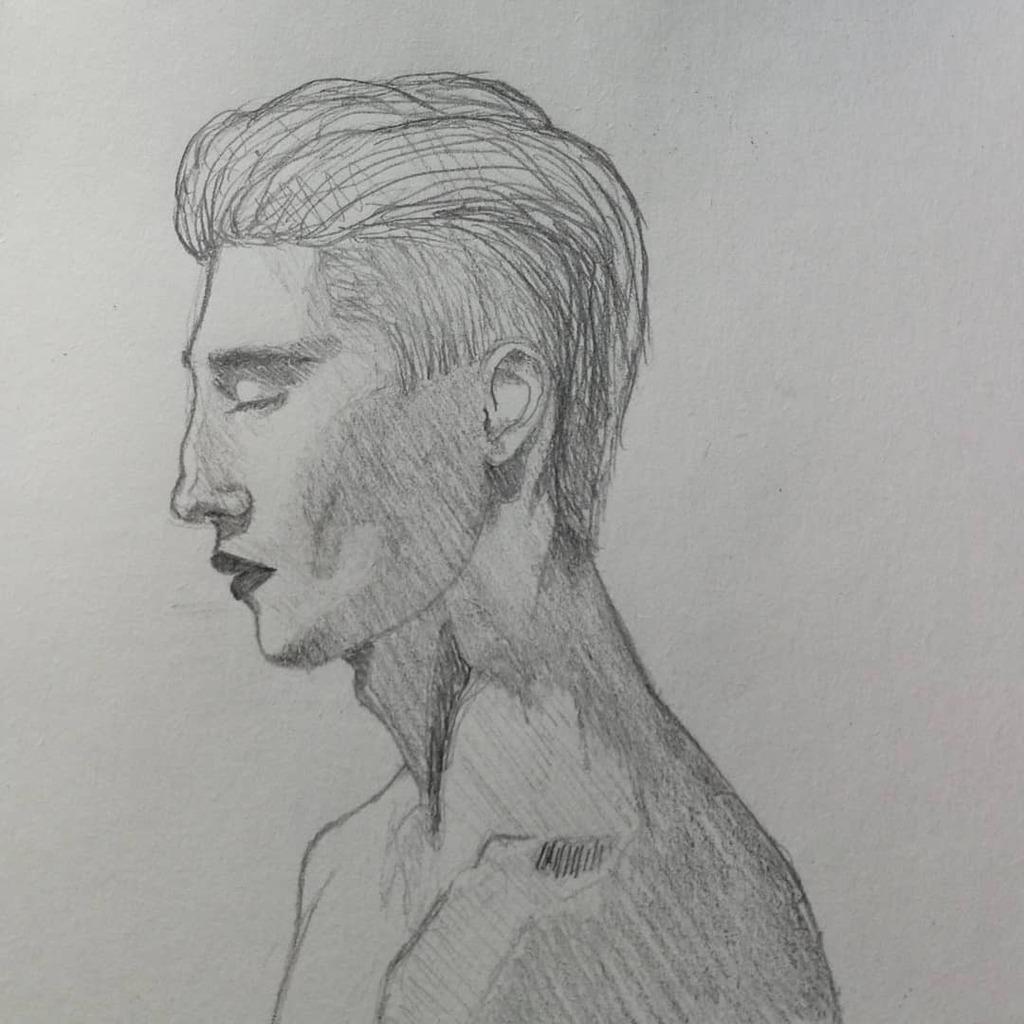 Sketch 445 ▫️ ▫️ ▫️ #headdrawing #headsketch #sketch #sketching #sketchchallenge #sketchdaily #dailysketch #sketchbook #characterdesign #bosquejo #boceto #draw #drawing #art #artist #illustration #doodle #sketches @elgremioazul @theartisthelp @sindicatoartista