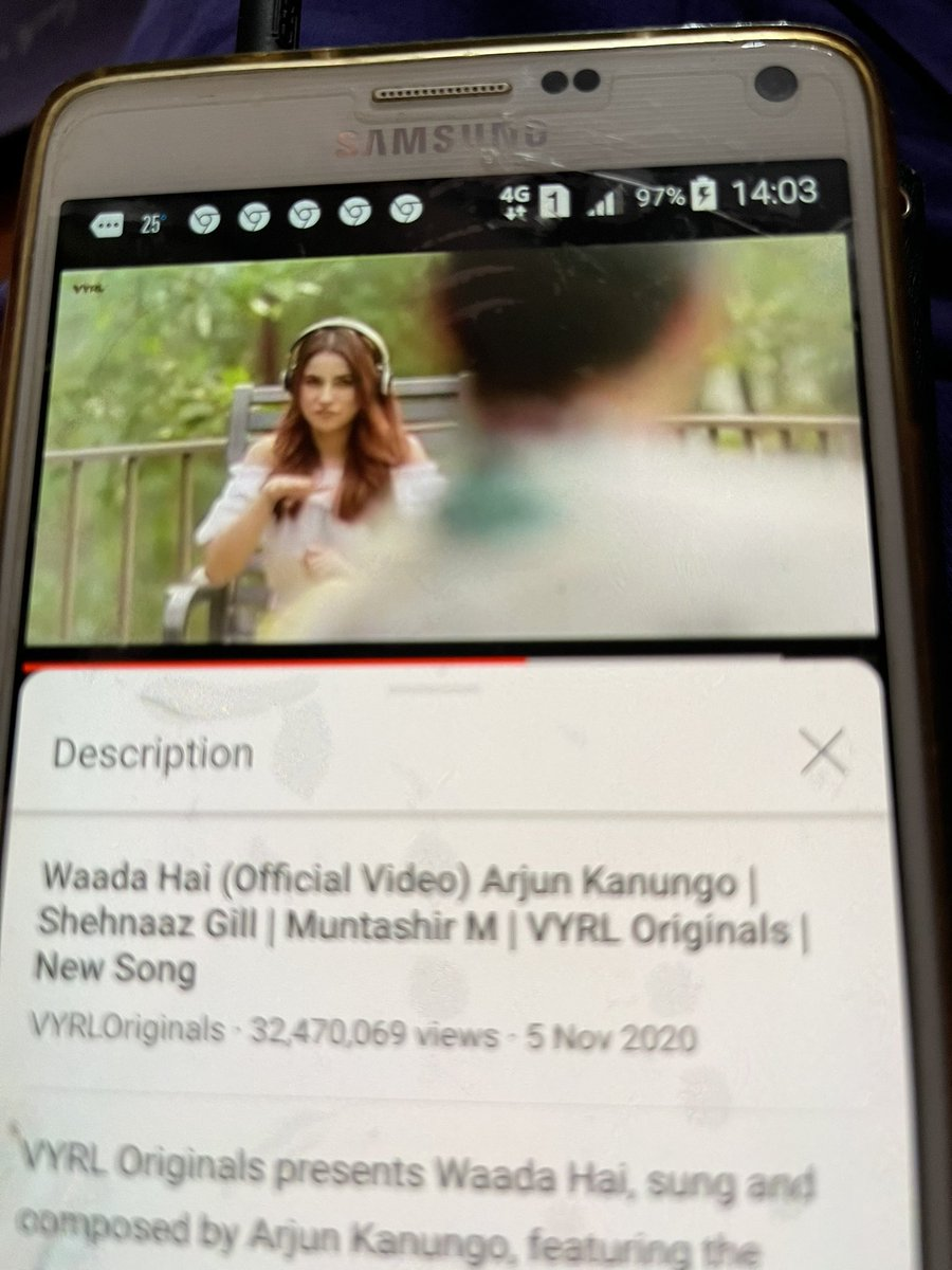 Keep streaming all sidNaaz fans #WaadaHai song #ShehnaazGill