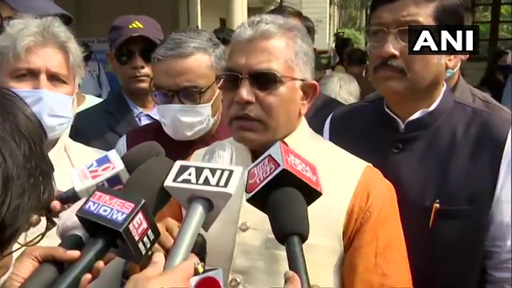 It is the duty of the Election Commission to ensure that people vote without fear. It is important the Central Forces are deployed here soon. We are certain that names of Rohingyas have been included to voter list in border areas, this should be looked into: Dilip Ghosh, BJP https://t.co/lsLCqy86nH