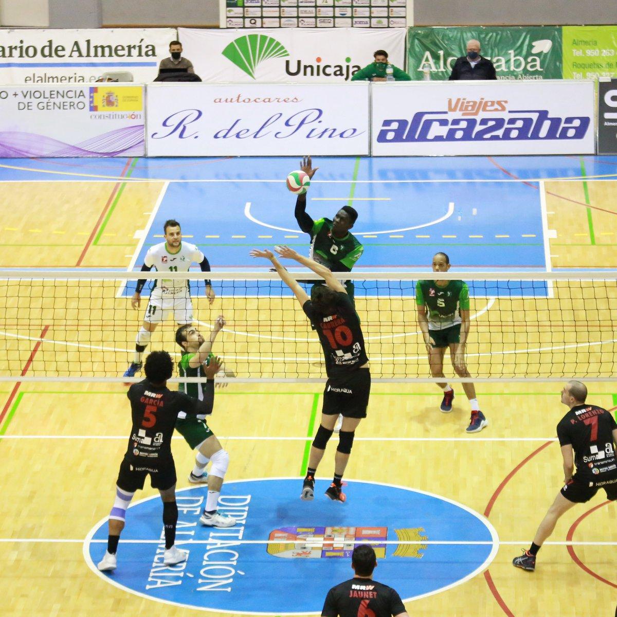 📰 CRÓNICA Unicaja Costa de Almería 'saca' a Almoradí del partido   ➡️   💚 #VamosVerdes! 🏐 #SomosVoleibol 🤝 #SomosEquipo  #Unicaja #Almeria #Almería #Voleibol #Volleyball #Volley #Voley #Volei #Andalucia #TeamJoma #picoftheday #TBT #Almoradi #Alicante
