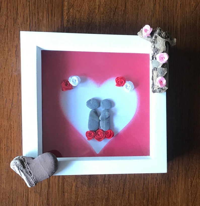 Good Evening❤️    #pebbleart #pebblepicture #family #friends #inbizhour  #happyday #art #crafts #work  #womanownedbusiness #mumlife #etsyseller #etsy  #homedecor #handmade #thursdayvibes #ThursdayMotivation  #giftideas #ValentinesDay