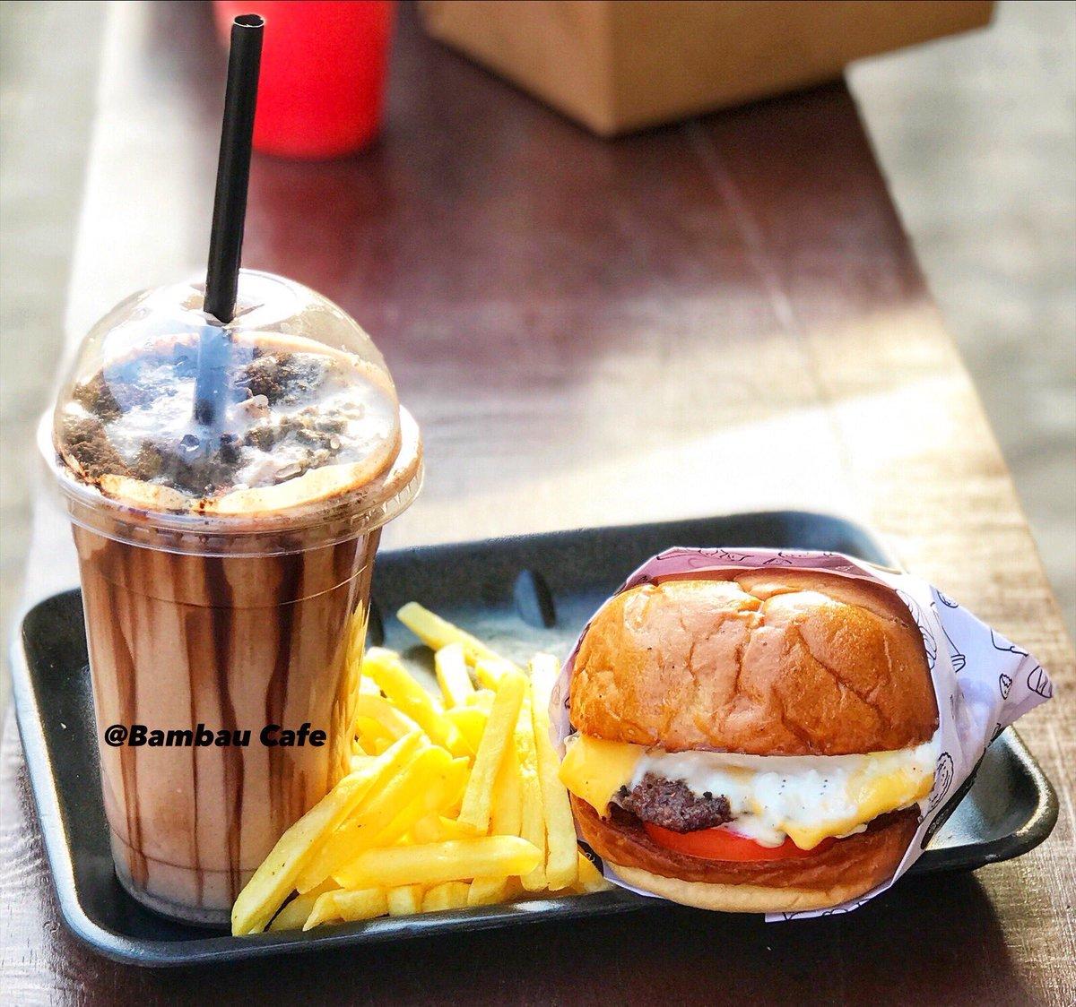 Burger fries and milkshake   You asked for it and we listened 😉  #bambau #BussItChallenge #frankiefx #thursdayvibes #thursdaymorning #COVID19 #BernieSanders