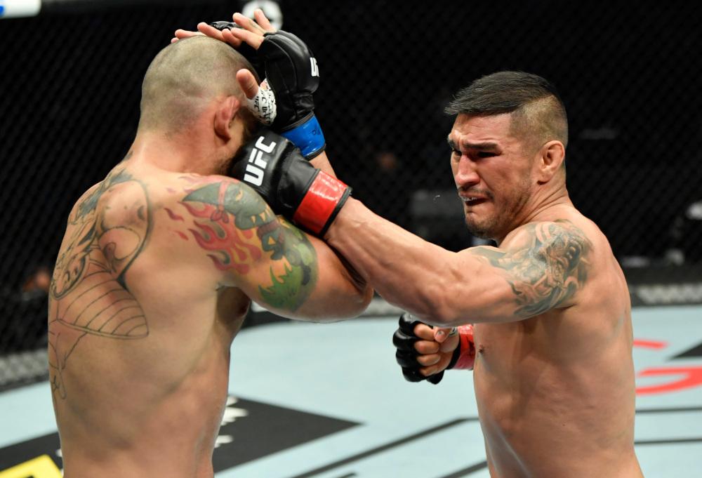 Warlley Alves explains Nate Diaz callout at UFC on ESPN 20: 'He's a bad example'   #UFCvegas14 #UFC255 #UFCFightnight #MMA #UFC https://t.co/yotYlTef6M