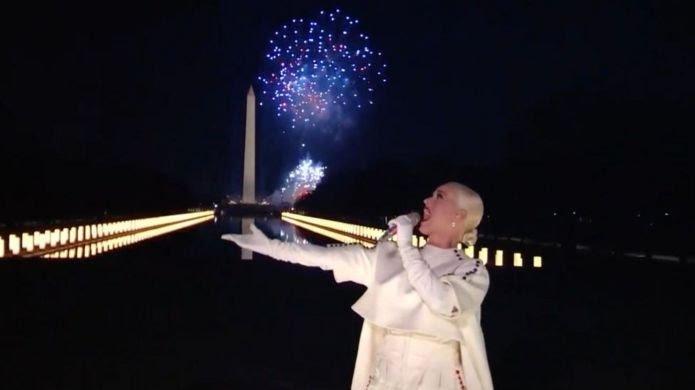 artist pays homage to american democracy #LadyGaga #BonJovi #KatyPerry #JenniferLopez #NewDay for America #democracy #Democrats #DemocracyAgenda #Inauguration2021 #JoeBiden #KamalaHarris #360RawMagazine for #América #JoeBiden  #PresidentJoeBiden  Photo: Getty