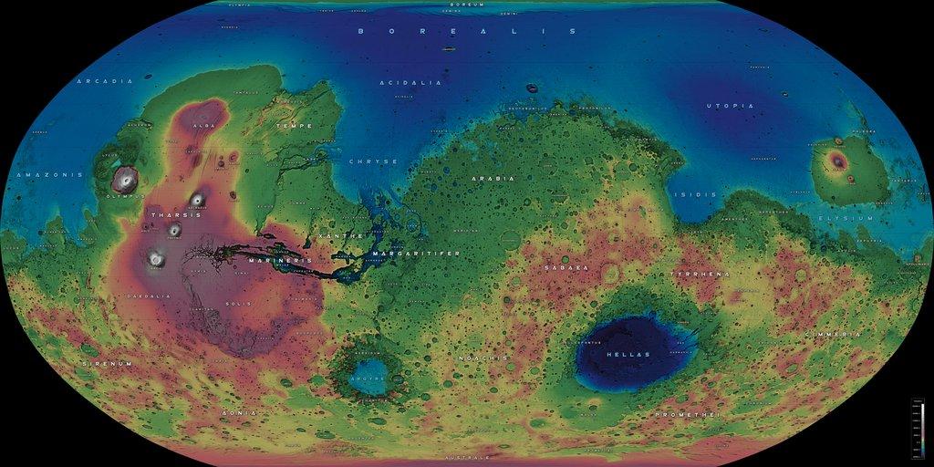 Detalle de la elevación de la superficie de Marte. Se puede comprobar fácilmente que Marte poseía un basto océano, con un suelo muy liso y una superficie seca muy rocosa. Destacan el Monte Olimpo (el mayor volcán del Sistema Solar, con 12 km de altura). (V7X) #FelizJueves