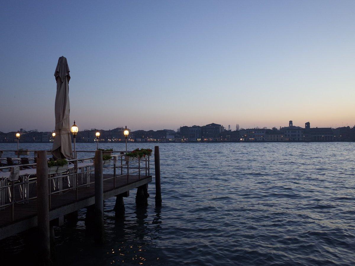 RT @david_hewson: Evening on the Giudecca Canal, #...