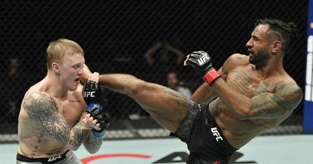 UFC Fight Island 8 bonuses: Mike Davis, Mason Jones cash in with thrilling Fight of the Night performance   #UFCvegas14 #UFC255 #UFCFightnight #MMA #UFC https://t.co/QUDqmWlGoE