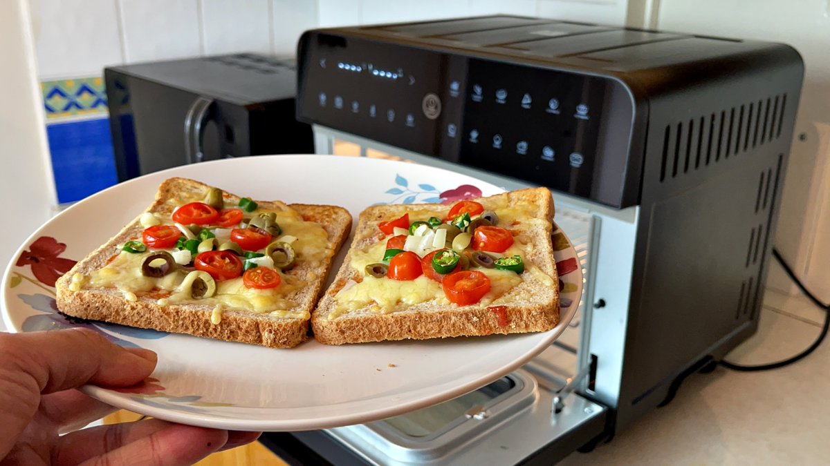 NEW VIDEO: Making PIZZA Toast in the CalmDo AirFryer Oven (25L) - IN ONLY 3 MINS ▶️   --- #CalmDoAirFryer25L #CalmDoAirFryer #AirFryer #Recipes