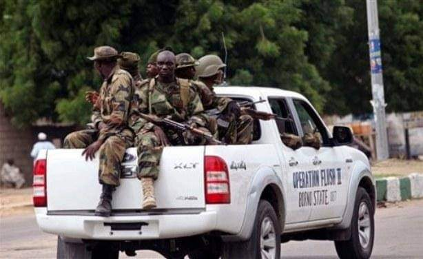Troops of Operation TURA TAKAIBANGO who, Yesterday evening Foiled #BH attempted kidnapping of travelers along Gajiram-Monguno road. Over 15 insurgents killed + 5 guntrucks captured. While travelers who were at the verge of being abducted were also rescued. #OurSafety #SecureNorth https://t.co/7eiZL3tkYS
