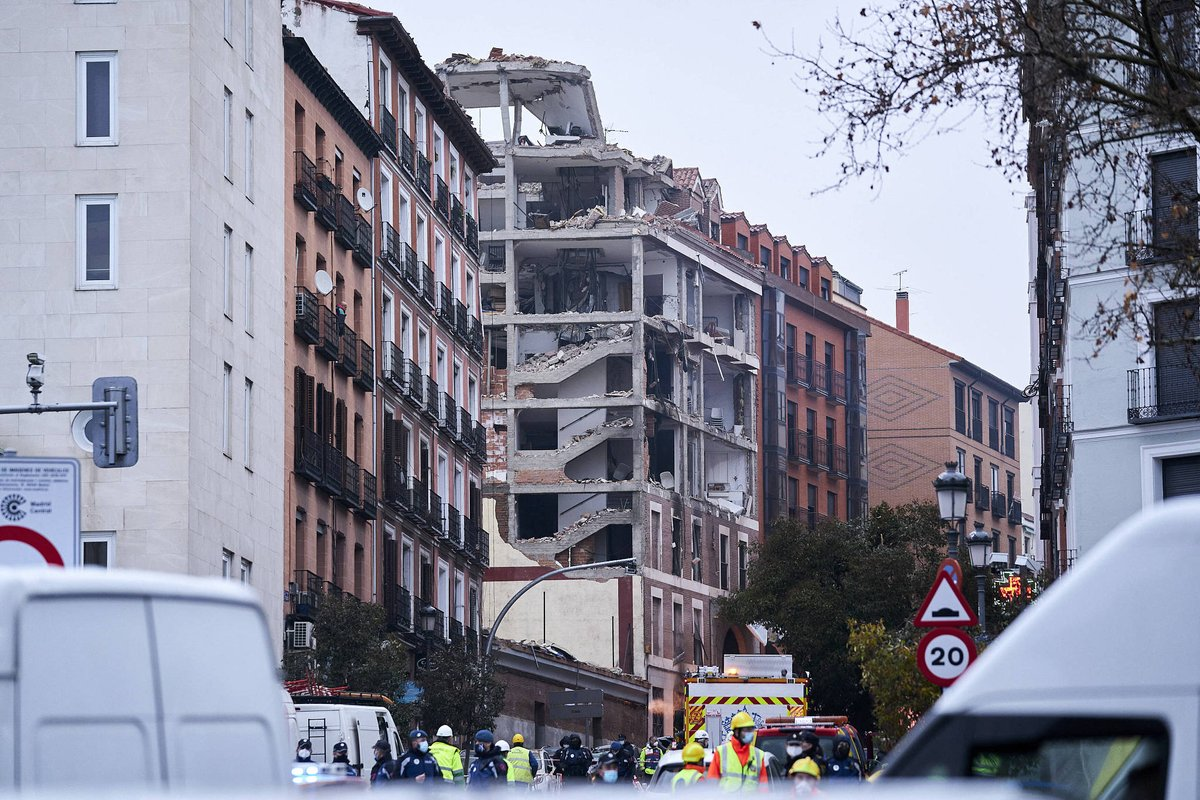 #UPDATE At least four people died and 11 got injured when a building partially collapsed following a massive explosion caused by a gas leak in #Madrid, Spain on Wednesday.