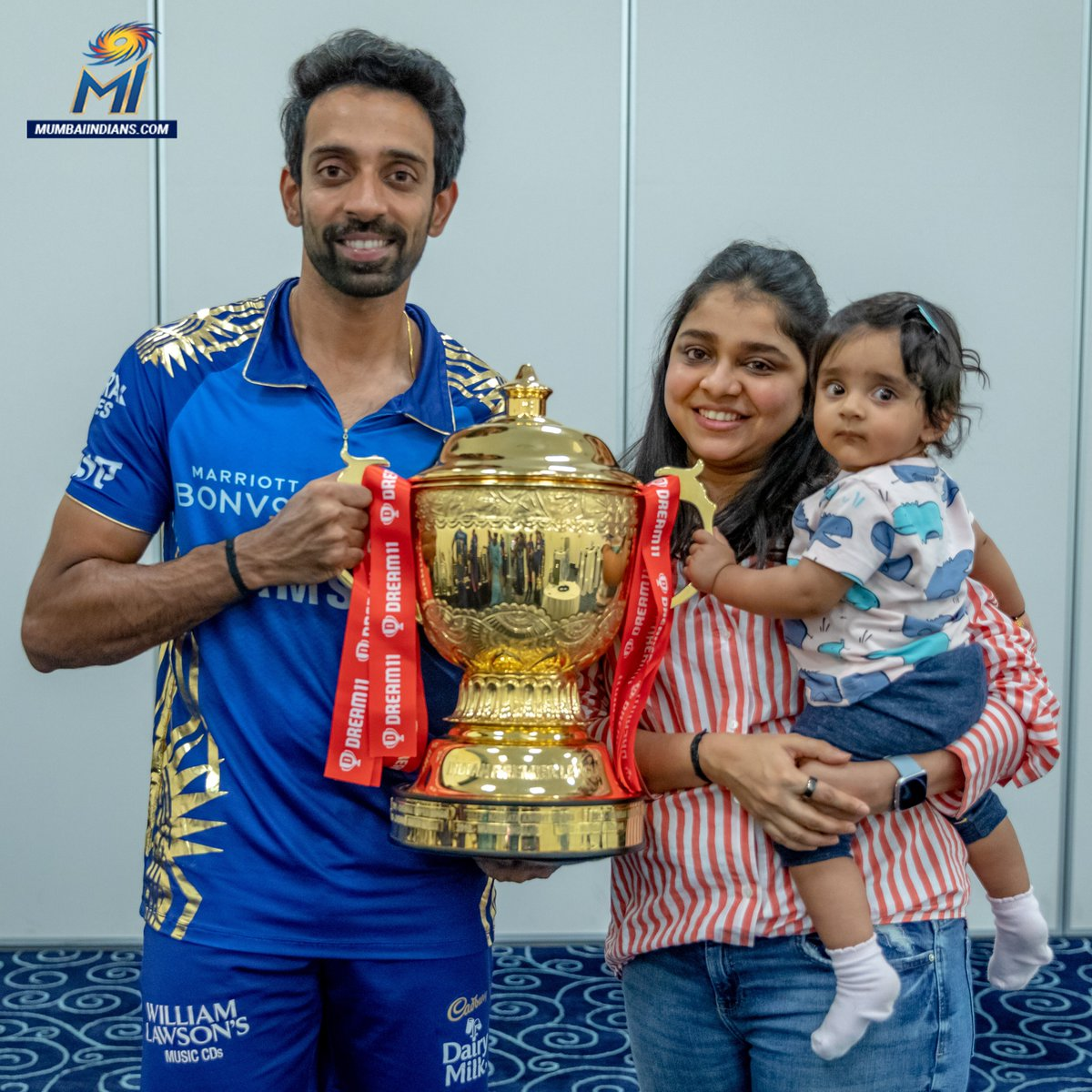A first birthday for Dhawal's daughter Nitara & Pollard's son Kaiden also turns a year older 🎂💙  Wishing these two a very #HappyBirthday 🎊  #OneFamily #MumbaiIndians @dhawal_kulkarni @KieronPollard55