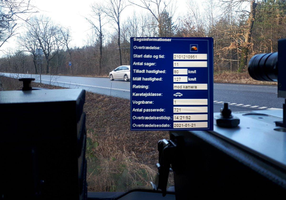 Atk-måling på Aabenraavej ved Holdbi i dag resulterede i 13 overtrædelser af hastighedsgrænsen på 80kmt, 4 kørte til klip med hhv 114, 114, 121 og 127kmt #atkdk #politidk https://t.co/rcTdSdFIpM
