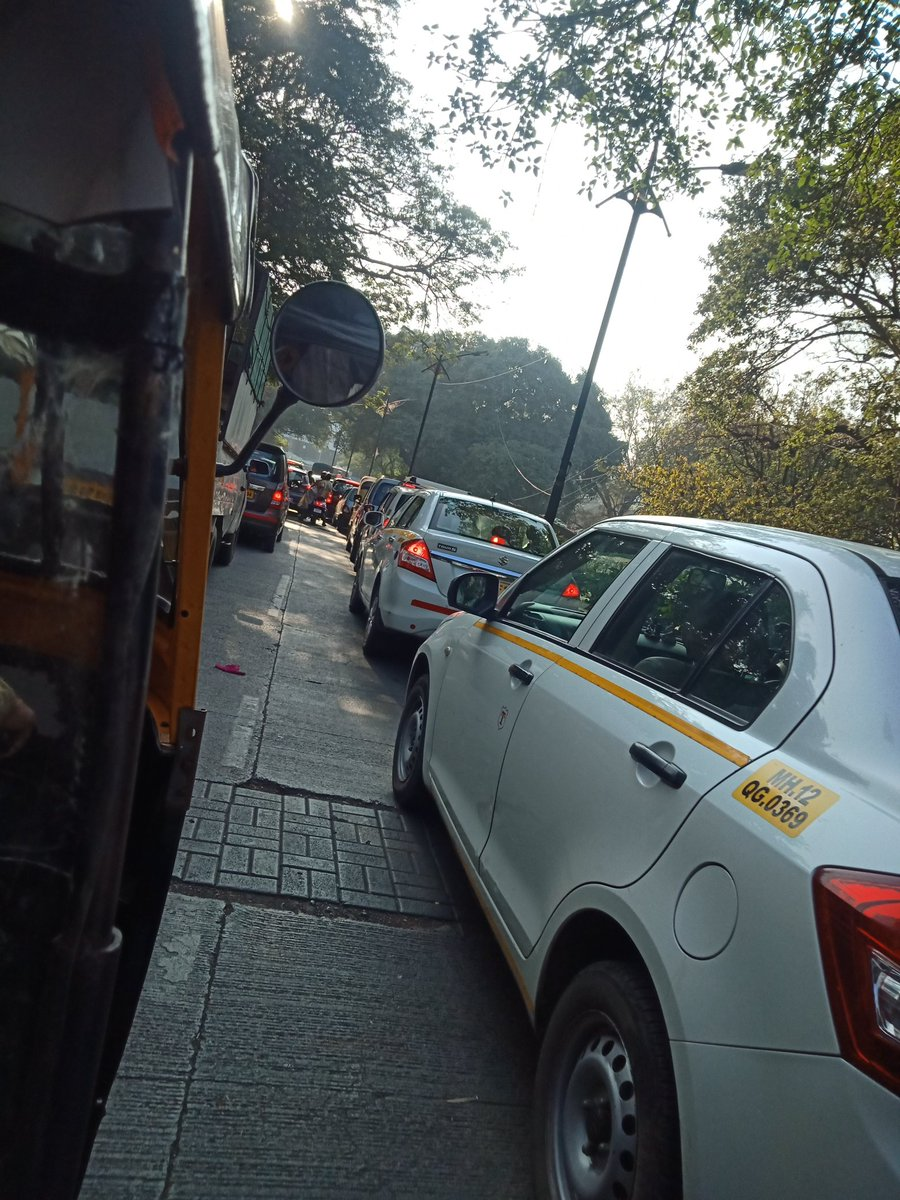 Me: After Covid there won't be any traffic in Pune🥰 clear roads. . Pune: We don't do that here  #pune #COVID19 #Traffic