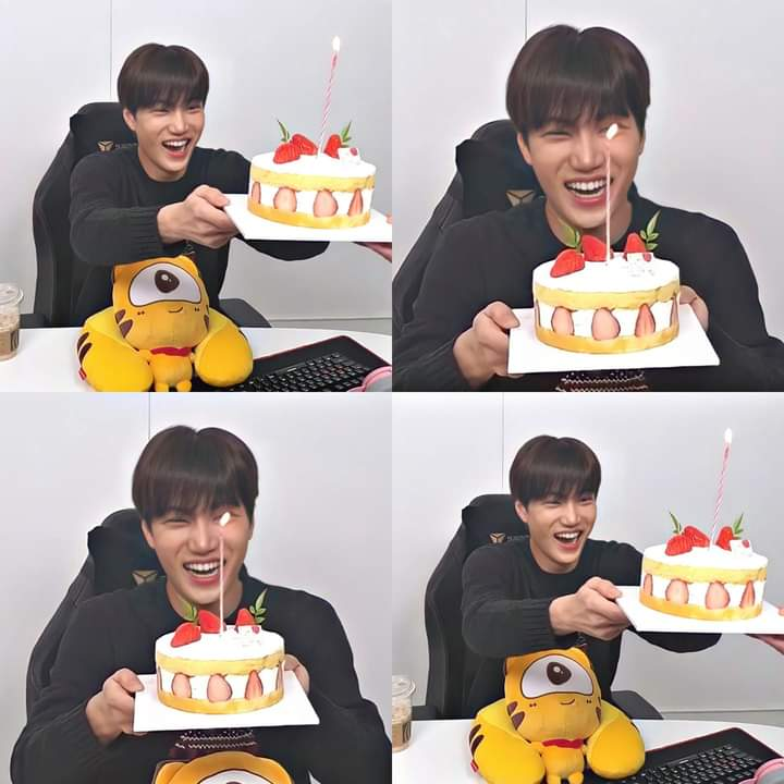 Jong in at Huya live♥️ His smile and the strawberry cake are both sweet🥺♥️  Ctto  #IdolLeagueWithKAI #EXO #ArtistKaiDay #Kai #weareoneEXO @weareoneEXO