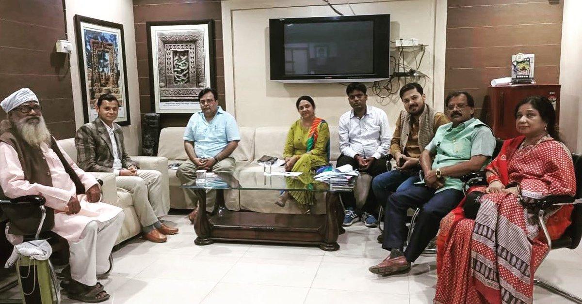 Meeting for something big and creative☺️🎬 @ChhattisgarhCMO @culture_deptt