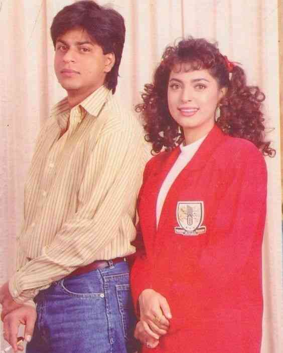 I would love to jump back in time & spend a day on a movie set in the 90s 😁👍   Remember this @iamsrk ?  #ThursdayThrowback