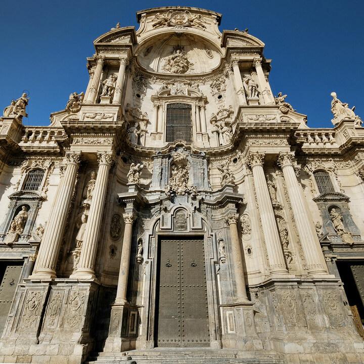Cuando pensamos en 'perfección', nos viene a la mente esta imagen ❤️    #CatedralDeMurcia #Murcia #RegióndeMurcia #PatrimonioRM #CulturaRM #LegadoVivo